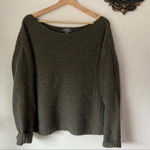 Wide Crew Neck Sweater / Dark Green